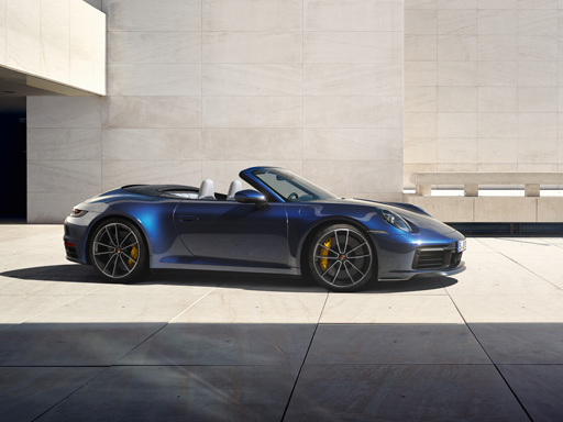 Timeless Machine. The new 911 Carrera Cabriolet.